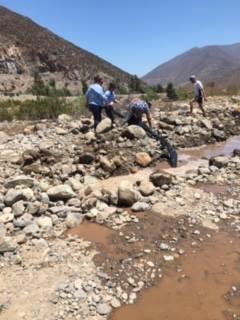 """Petorca 225x300 - Robo de agua en Petorca: Desentierran tubería ilegal de empresa agrícola """"El Peñón de Zapallar"""""""