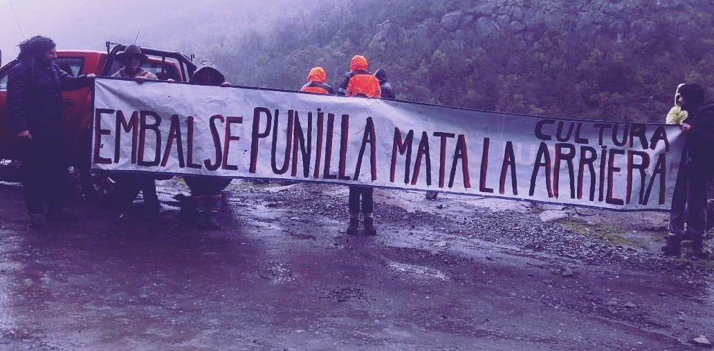 42766915 1946679108732585 2599764539155152896 o e1566678464889 freshblue 288x180 - Comunidades luchan por preservar el Río Ñuble