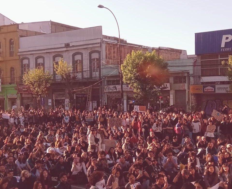 70959534 763916047377959 209852080607723520 n tender e1569788344330 80x80 - Acusan tortura y secuestro de parte de Carabineros a activista de Valparaíso tras marcha contra el cambio climático