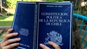 Chile, Constitución