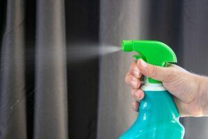 Casi todos los productos de limpieza para el hogar son elaborados con sustancias tóxicas para la salud y el Medio Ambiente.